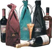 leather tote, wine presentation tote, leather wine tote, embossing, emboss